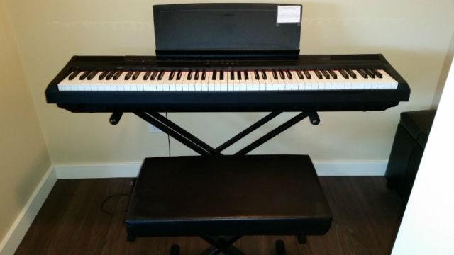 P105 yamaha 88 weighted key digital piano vernon okanagan for Yamaha piano store winnipeg