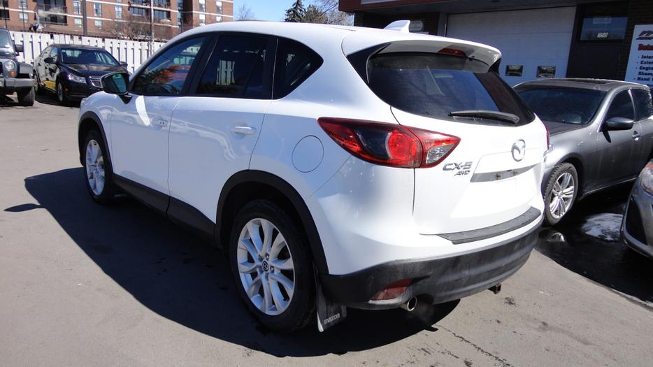 2013 mazda cx 5 gt fully loaded all wheel drive great gas mileage central ottawa. Black Bedroom Furniture Sets. Home Design Ideas