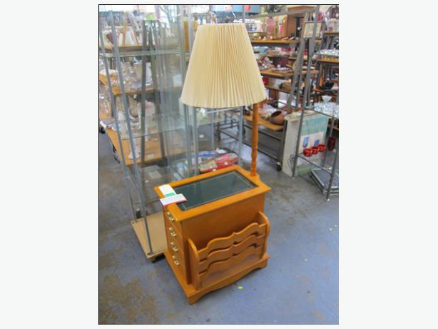 WIN ~ #330 ~ Side table with magazine rack, door and attached lamp VINTAGE - WIN ~ #330 ~ Side Table With Magazine Rack, Door And Attached Lamp
