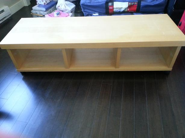 free ikea long tv stand with wheels west shore langford colwood metchosin highlands victoria. Black Bedroom Furniture Sets. Home Design Ideas