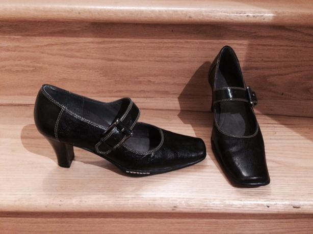 Non Slip Shoes Hamilton Ontario
