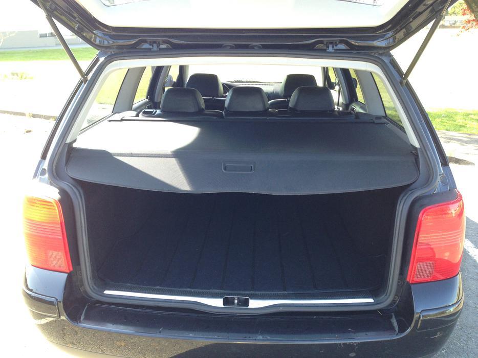 1999 volkswagen passat 1 8l turbo wagon outside nanaimo. Black Bedroom Furniture Sets. Home Design Ideas