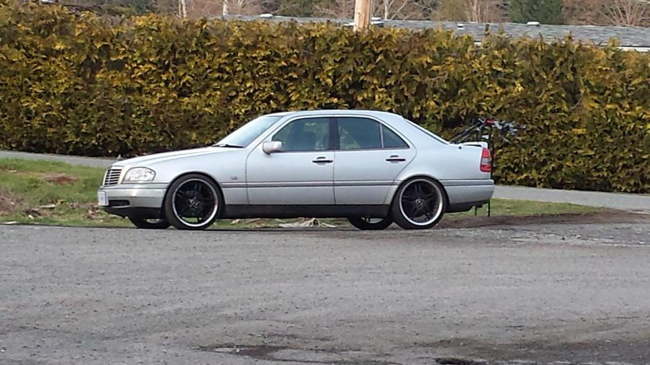 1995 mercedes benz c220 very low kms price reduced malahat for Mercedes benz bay ridge