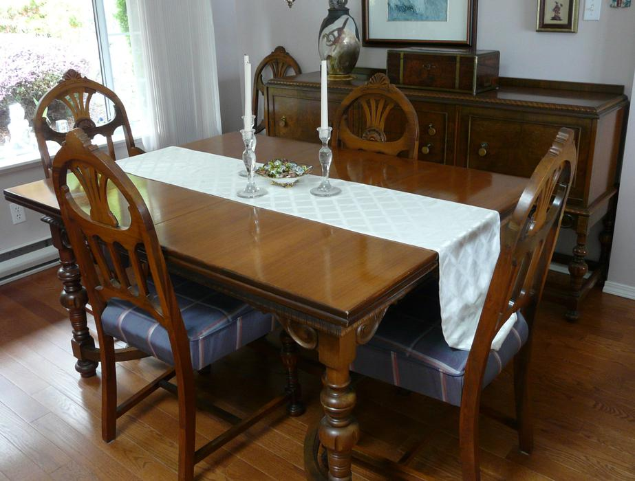 Antique dining room table chairs and sideboard outside for Dining room tables kelowna