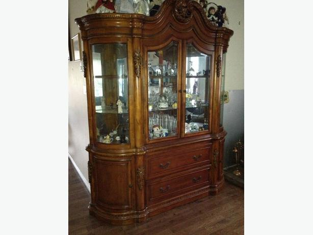 Ashley China Cabinet West Shore: Langford,Colwood,Metchosin,Highlands, Victoria
