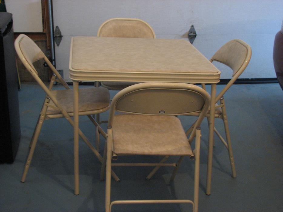 Card Table And 4 Chairs Moose Jaw Moose Jaw