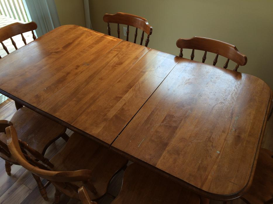 Wakesiah Moving Sale Dining Table amp Chairs South Nanaimo  : 46347076934 from www.usednanaimo.com size 934 x 700 jpeg 67kB