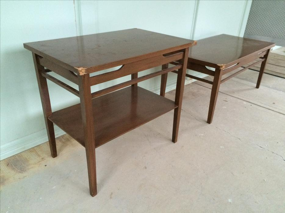 Free matching coffee table and end table south regina regina for Coffee tables regina