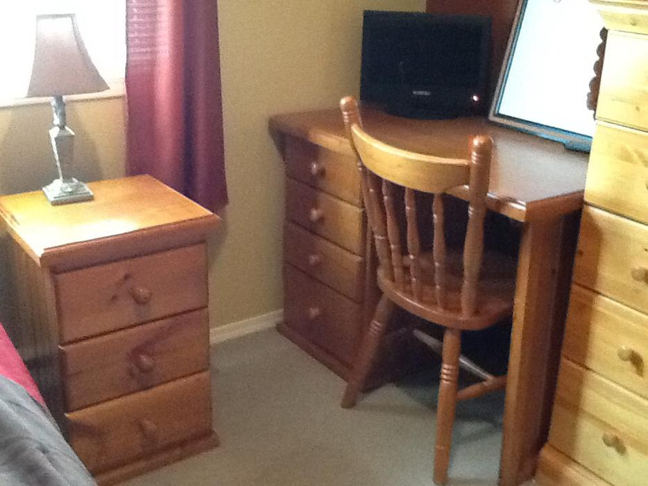 Estate Moving Sale Clean Nice Bedroom And Office Furniture Desks Chairs Saanich Victoria