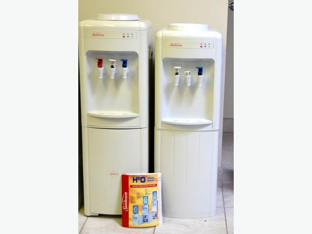 how to clean fridge water dispenser