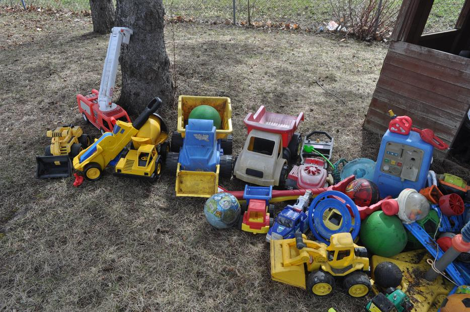 Used Yard Toys : Outdoor toys orleans ottawa mobile