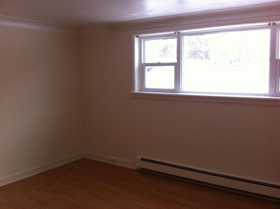 Vanier 2 Bedroom Apartment For Rent 925 Central Ottawa Inside Greenbelt Gatineau