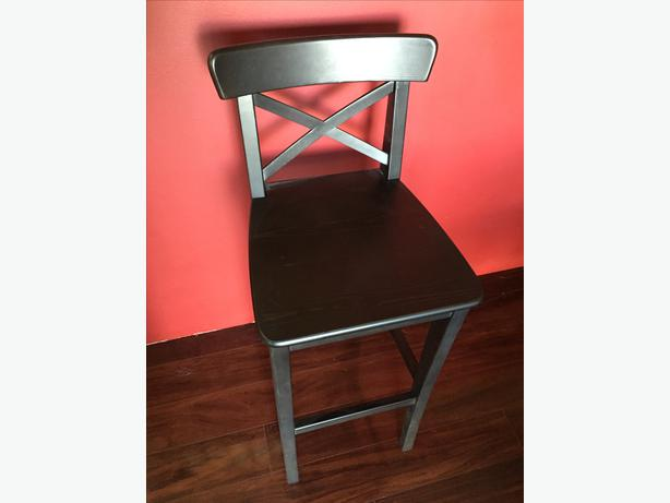 2 X Tall Wood Bar Stools North West Calgary