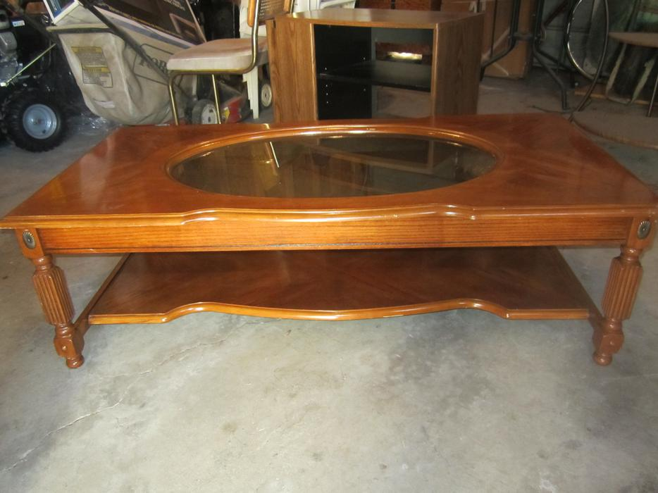 Coffee table and end table east regina regina for Coffee tables regina