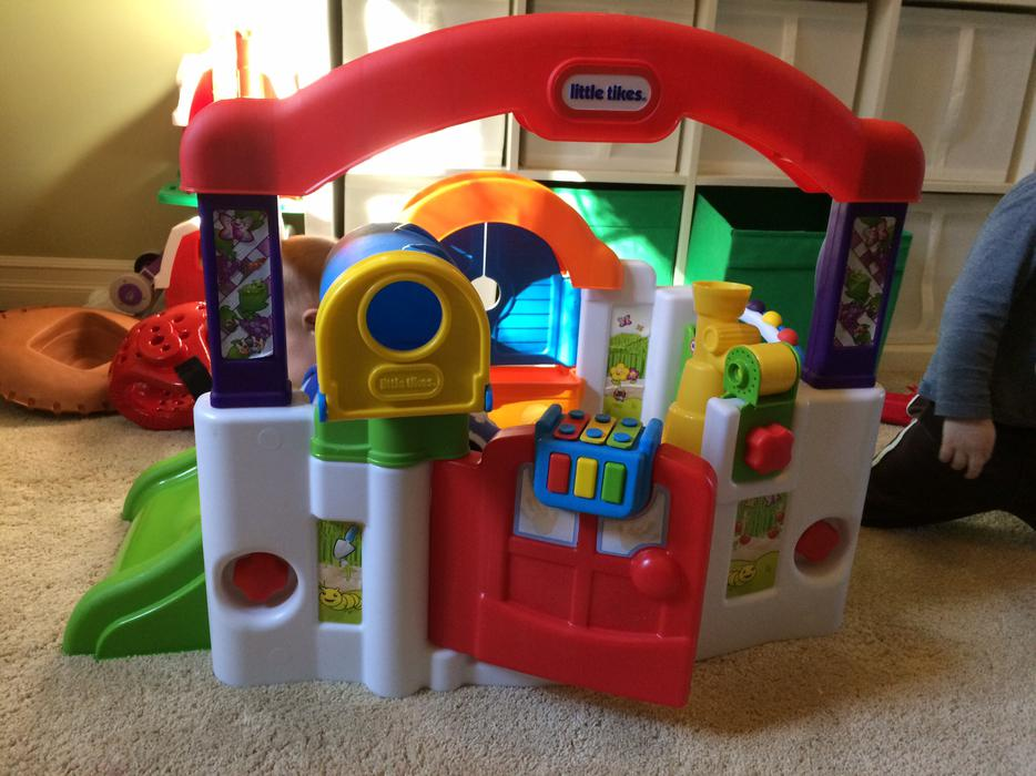 Discovery Sound Little Tikes Activity Garden West Shore
