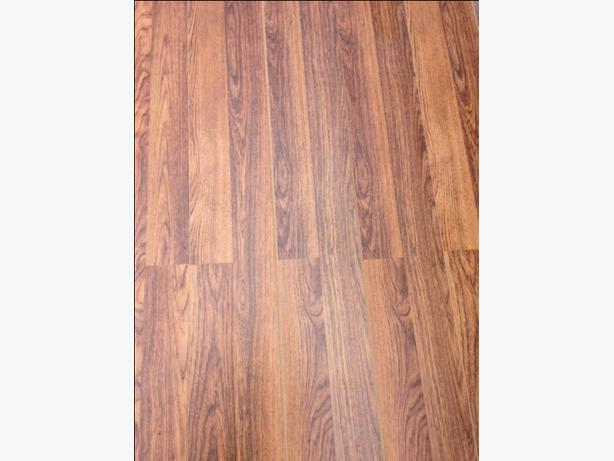Laminate flooring 400 square feet for 100 kanata ottawa for Laminate flooring waterloo