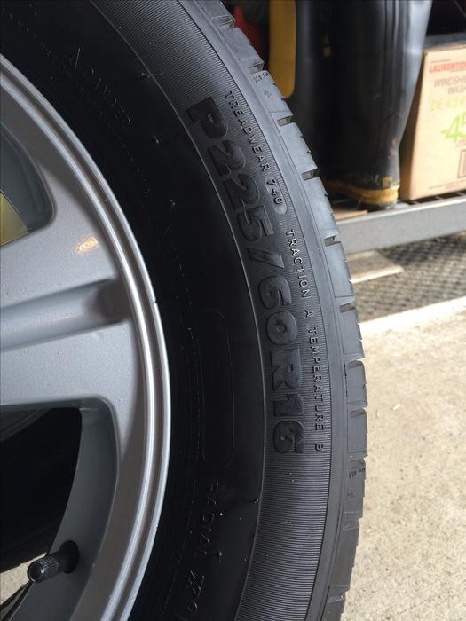 set   msr alloy wheels  michelin harmony  tires kanata ottawa mobile