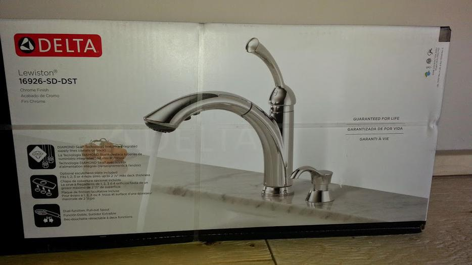 Delta Lewiston Pull Out Kitchen Faucet With Soap Dispenser