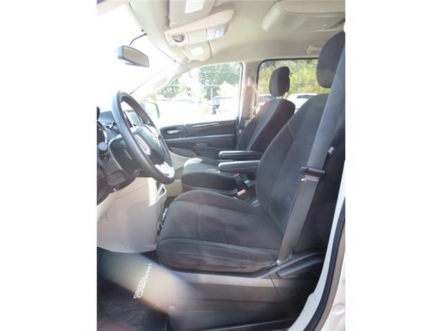 Rear Back Up Camera Dvd Stow N Go Seats Tri Zone A C