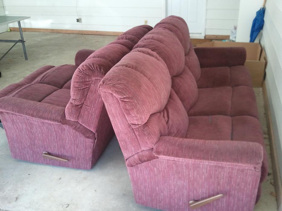 Matching Sofa And Love Seat Central Nanaimo Nanaimo Mobile
