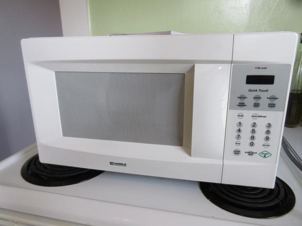 Kenmore Microwave Oven 1100 Watt Saanich Victoria