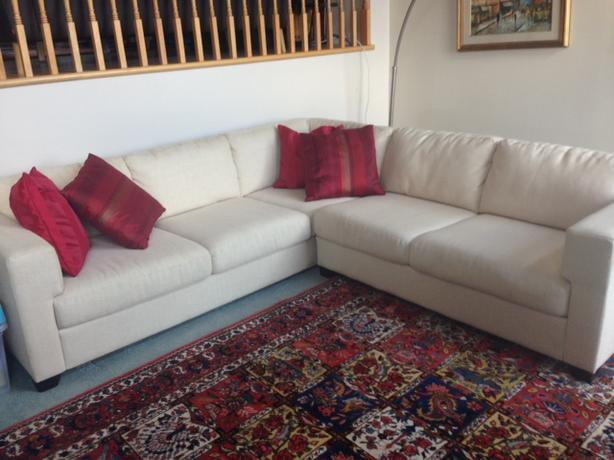 EQ3 WhiteCream Sectional Sofa