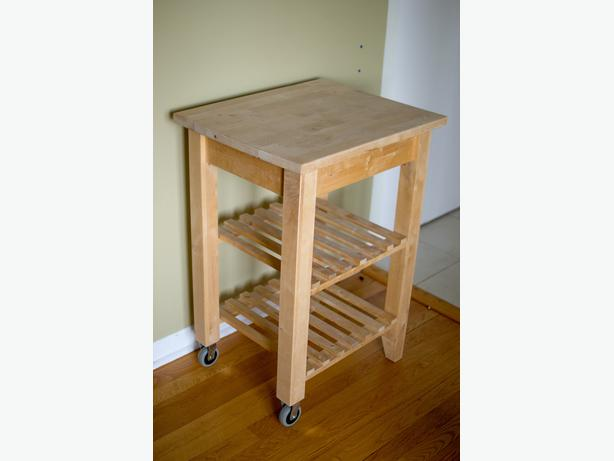 this ikea kitchen cart is in excellent condition we are upgrading to