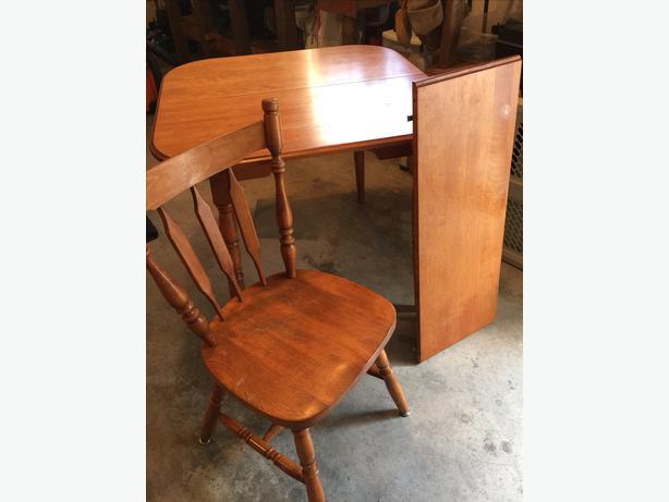 kitchen table and 4 chairs south nanaimo nanaimo