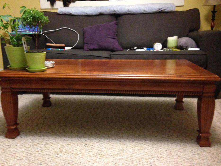 Solid wood coffee table oak bay victoria for Coffee tables kelowna