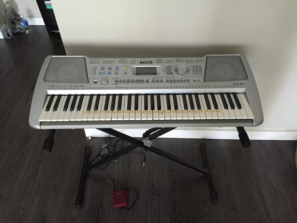 yamaha psr 290 electric keyboard piano saanich victoria. Black Bedroom Furniture Sets. Home Design Ideas
