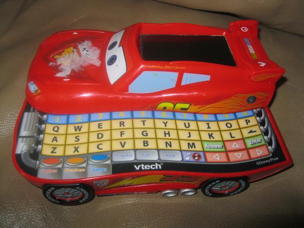 V-TECH - Disney CARS 2 (Lightning McQueen) Learn & Go