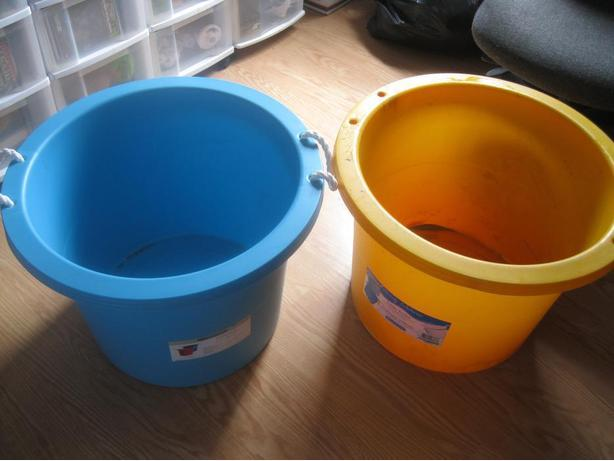 Gracious Living Storeable Utility Bucket(s)