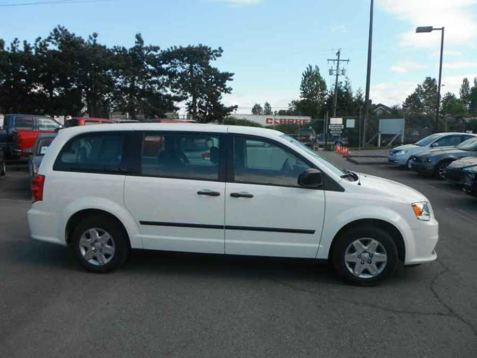 2012 dodge grand caravan outside nanaimo nanaimo mobile. Black Bedroom Furniture Sets. Home Design Ideas