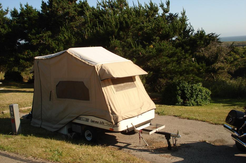 Leesure Lite Tent Trailer Outside Metro Vancouver