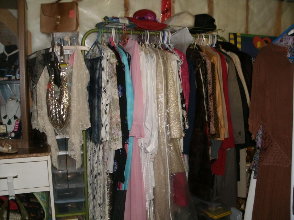 Used wedding dresses kelowna wedding dresses in redlands for Used wedding dresses victoria bc