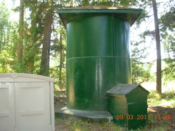 Steel Tank Demolition : Free or will pay removal of very large steel water tank