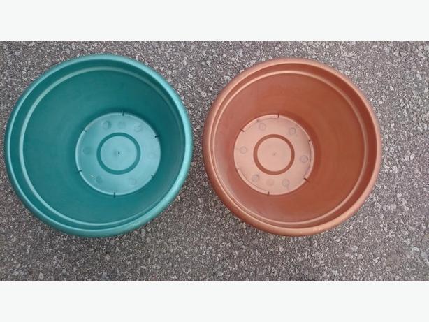 Containers - Eraware, Round and Rectangular
