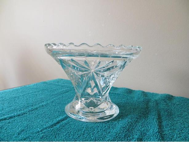 Pressed glass Candy DIsh (reduced+)