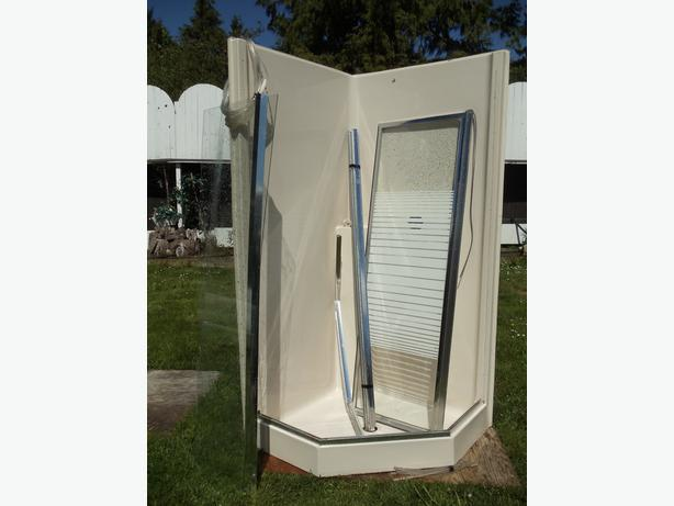 ONE PIECE Corner Shower Stall Parksville Nanaimo