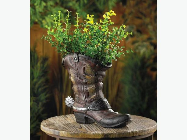 Country Western Cowboy Boot Flowerpot Planter With Spur Accent brand New