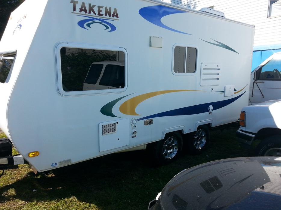 mobile homes for sale kamloops bc with 2007 Takena 1860 Travel Trailer  25059635 on Orphan Trusses For Sale All 50 Off Or More 25337051 also 2007 Takena 1860 Travel Trailer  25059635 furthermore 1987 Travelaire 22908660 likewise Class C RV For Sale Needs Work 25297788 furthermore 18 Ft 5th Wheel 28049829.