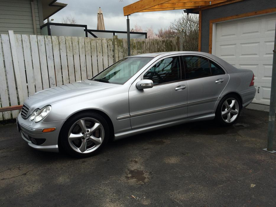 2006 mercedes benz c350 trades on newer avalanche victoria