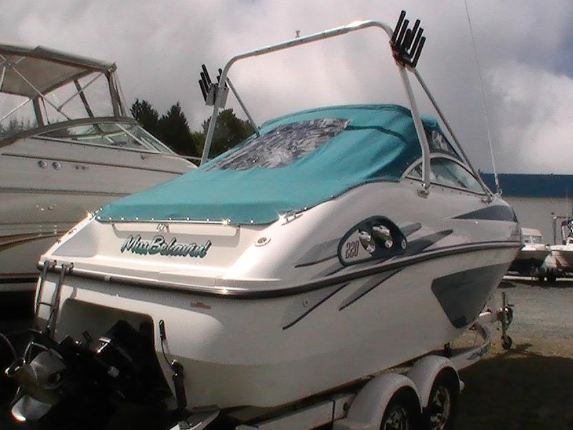 1997 Celebrity Boats BOWRIDER 200 Price, Used Value ...