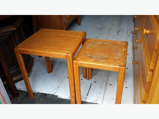 2 Small Oak Nesting Tables Central Nanaimo Parksville