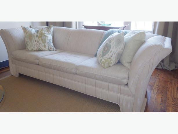 Matching Sofa And Love Seat Kanata Gatineau