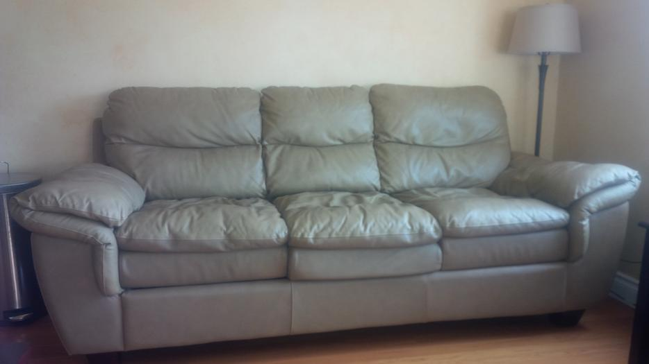 Free leather sofa bed saanich victoria mobile for Sofa bed victoria bc