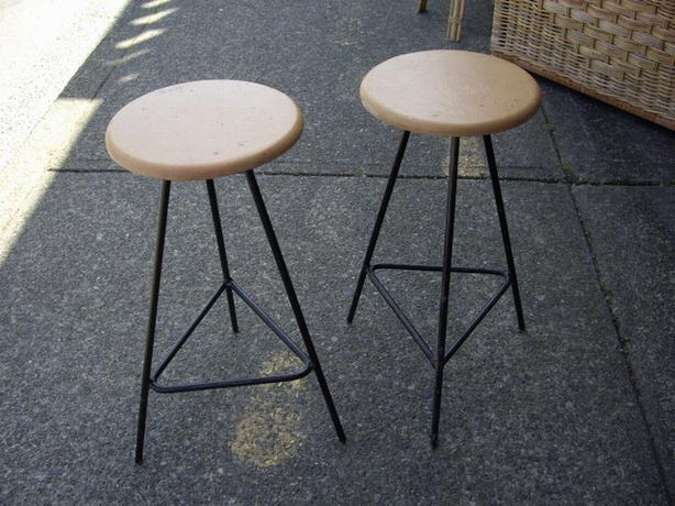 Counter Height Metal Bar Stools : EACH - Counter Height Retro Metal Framed Bar Stool Outside Victoria ...