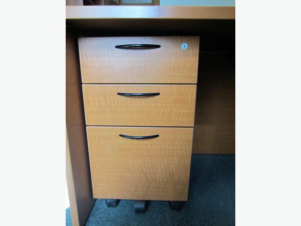 under desk file cabinet rideau township ottawa. Black Bedroom Furniture Sets. Home Design Ideas