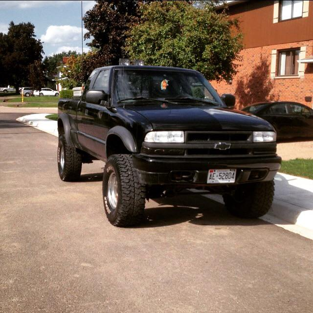 2000 chevy s10 4x4 stittsville ottawa mobile. Black Bedroom Furniture Sets. Home Design Ideas