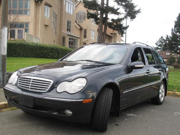 2002 mercedes c320 wagon local no accidents loaded outside. Black Bedroom Furniture Sets. Home Design Ideas